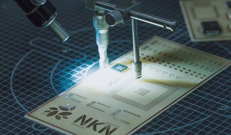 NKN precision machine: image by Tom